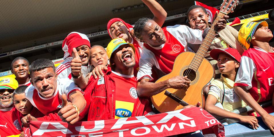 Fans mit Gitarre